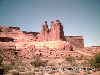 Arches National Park - Moab Bail Bonds 435-259-2663 9-18-2009 11-10-00 AM 320x240.JPG