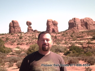 Toby Arches National Park - Moab Bail Bonds 435-259-2663 9-18-2009 11-19-25 AM 320x240.JPG